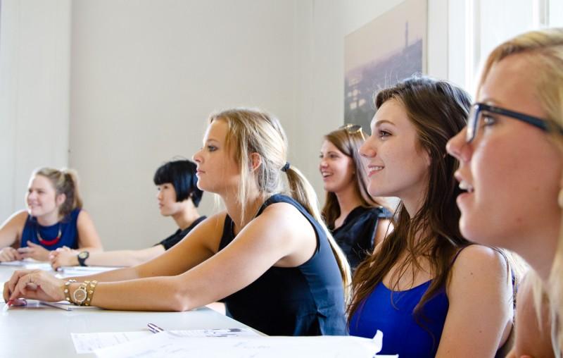 Школа итальянского языка Linguaviva GroupStudies&Careers