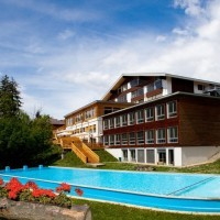 Ле рош: территория кампуса в Швейцарии