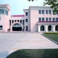 les roches jin jiang hotel management school