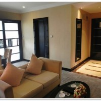 les roches jin jiang: холл в общежитии