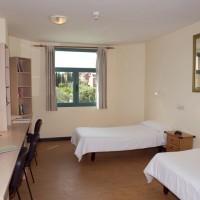 Общежитие в Les Roches Marbella: комната на двоих